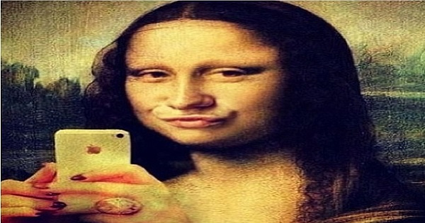 Derivatives Mona Lisa Selfie