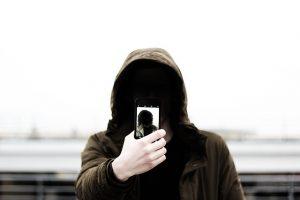 ignorance-facelesss-hoodie-guy